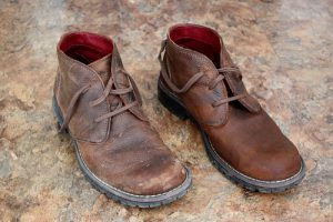 4-Step Method To Remove Salt Stains From Leather Shoes