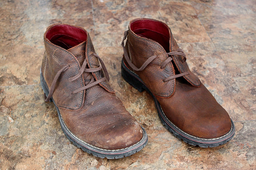4 Step Method To Remove Salt Stains From Leather Shoes Mycleaningsolutions Com